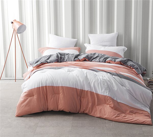 Wagnon Comforter by George Oliver