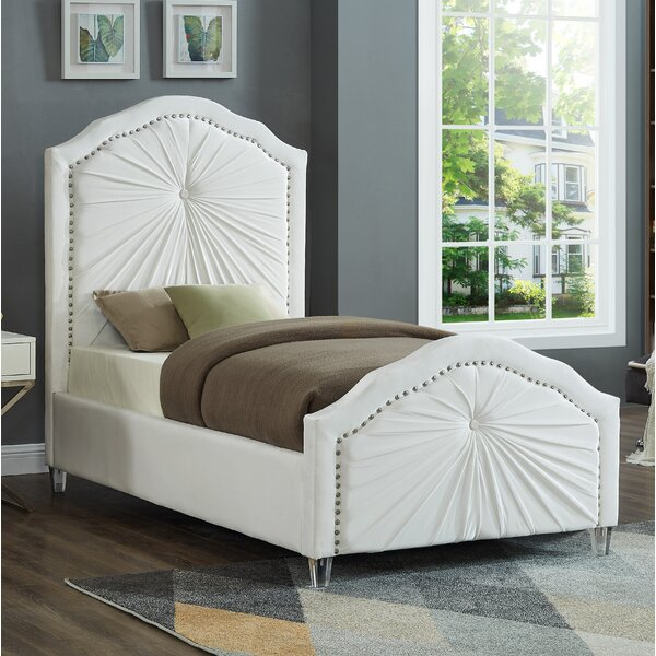 Kaylee Upholstered Platform Bed by House of Hampton