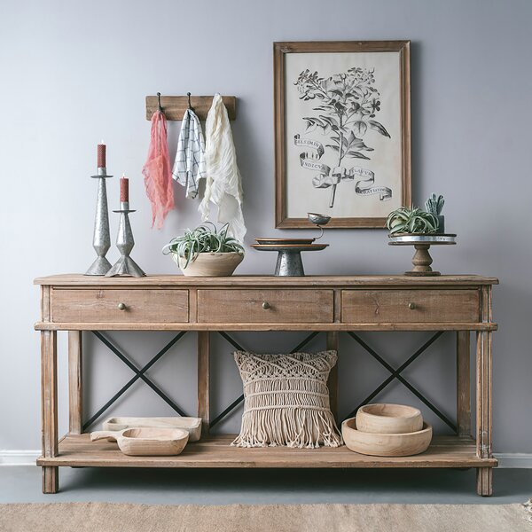 Review Chestertown Timber Console Table