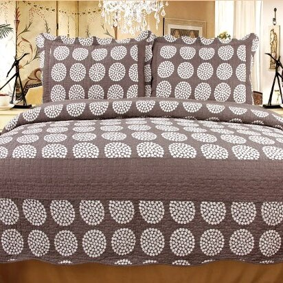 Classic Chic 3 Piece Reversible Quilt Set by Home Sensation