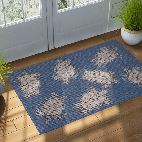 Clatterbuck Seaturtle Navy/Beige Indoor/Outdoor Area Rug by Highland Dunes