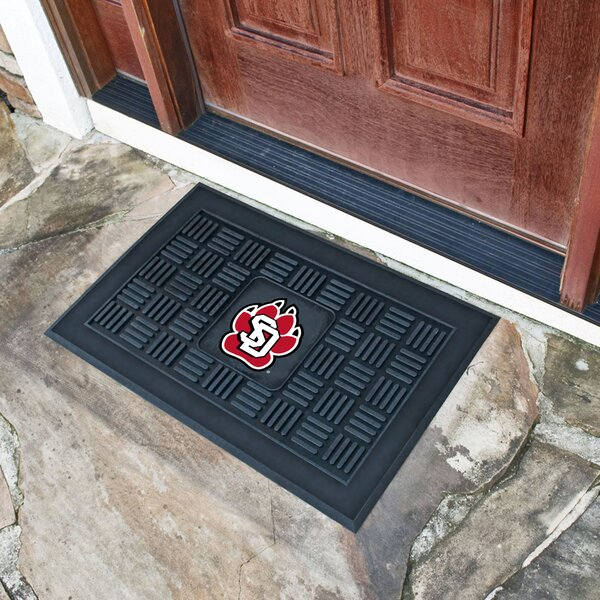 University of South Dakota Medallion Doormat by FANMATS