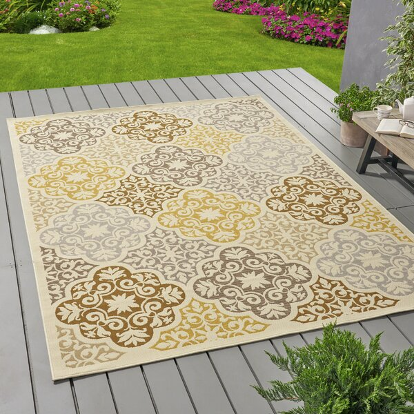 Hiller Floral Ivory Indoor/Outdoor Area Rug by World Menagerie