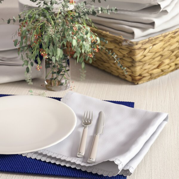 Mastropietro Dinner Napkin with Lace Border (Set o