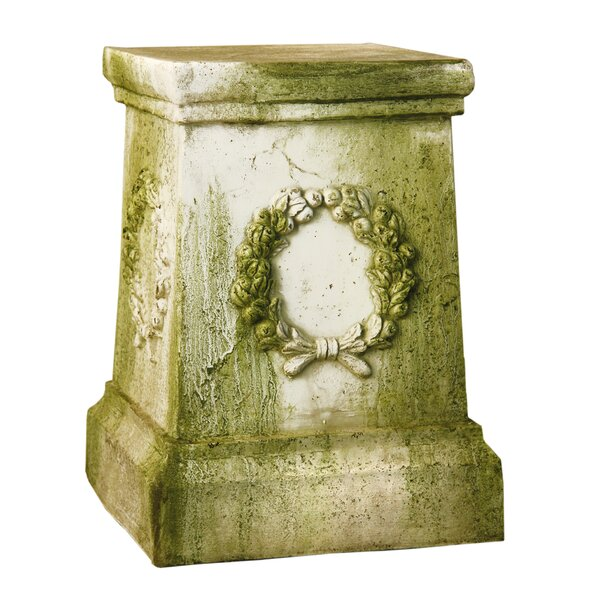 Wreath Outdoor Pedestal by OrlandiStatuary