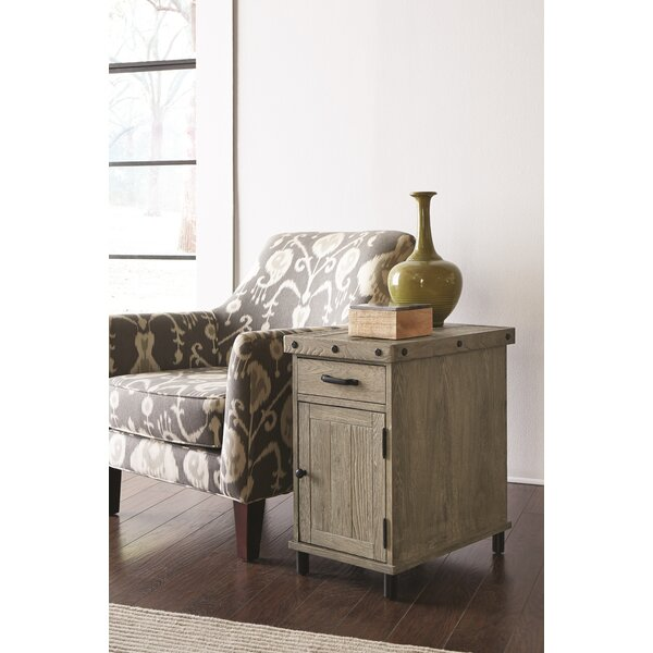 Yesenia End Table with Storage by 17 Stories