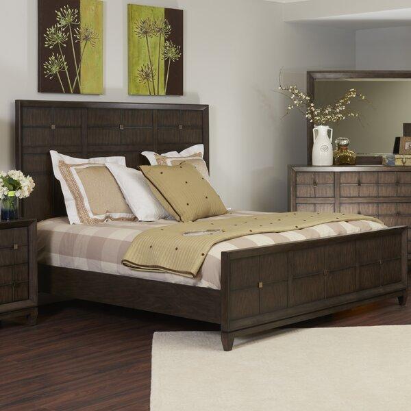 Amabilia Platform Bed by Ivy Bronx