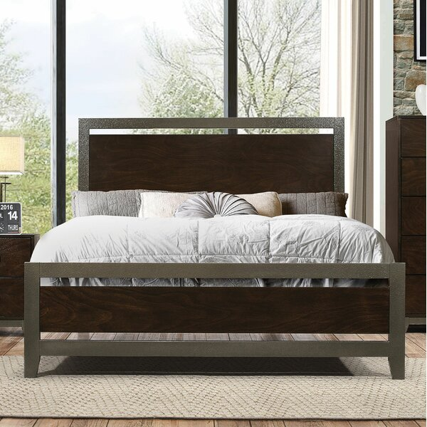 Claremore Standard Bed by Ivy Bronx