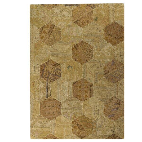 Elizabeth Honey Comb Light Beige Geometric Area Rug by Latitude Run
