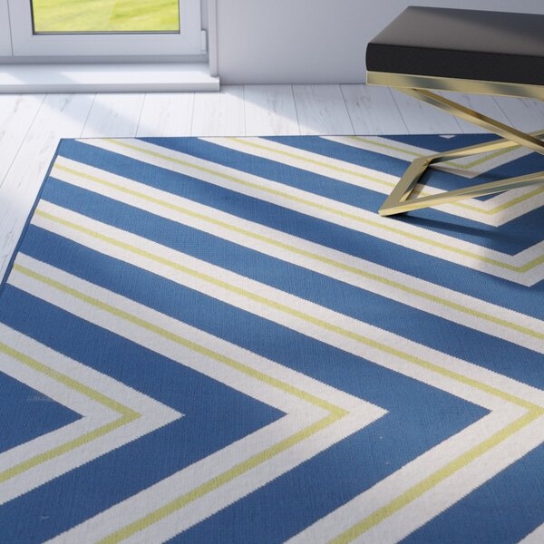 Boothbay Navy/Cream Indoor/Outdoor Area Rug by Mercer41