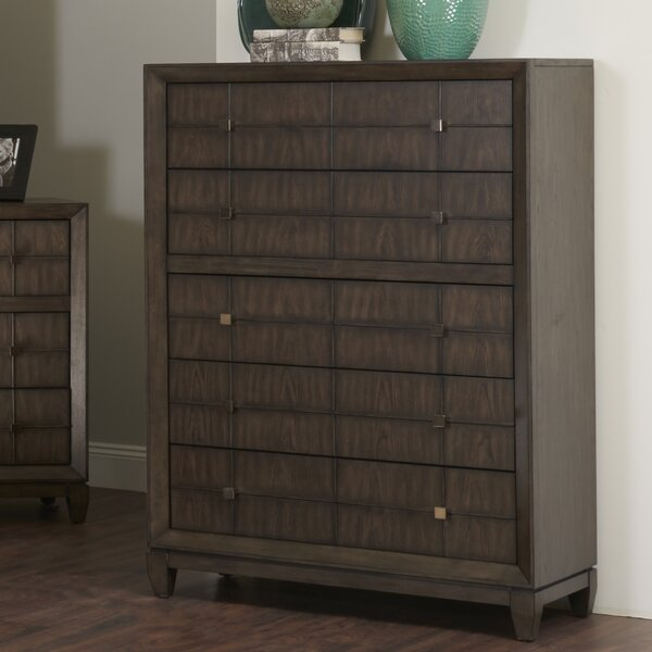 Amabilia 5 Drawer Chest by Ivy Bronx