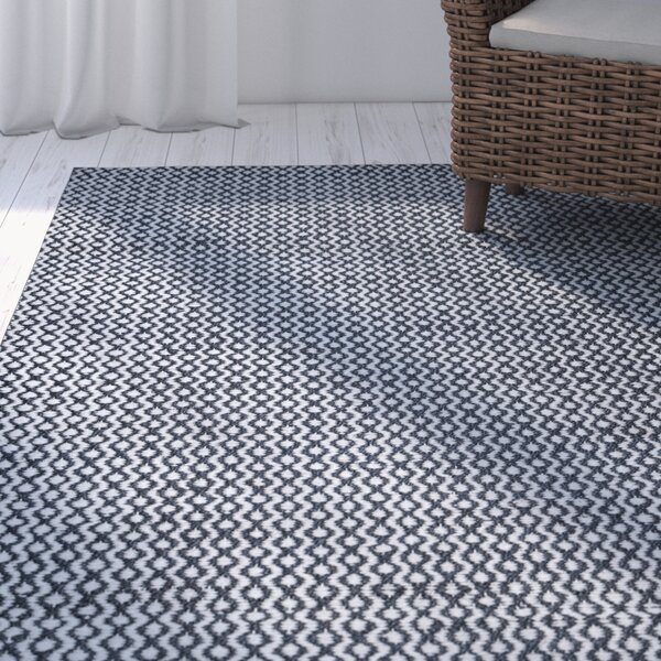 Jammie Hand-Loomed White Area Rug by Beachcrest Home