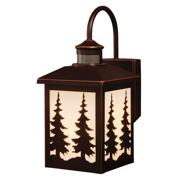 Jennings 1-Light Outdoor Wall Lantern by Loon Peak