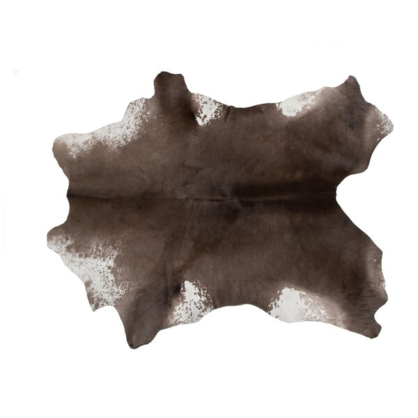 Patidar Natural Hand Knotted Calfskin Taupe Area Rug by Loon Peak