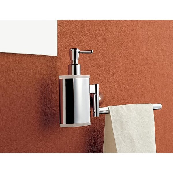Towel Bar with Soap Dispenser by Toscanaluce by Nameeks