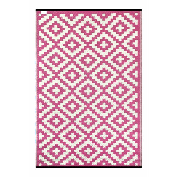 Nirvana Pink/White Indoor/Outdoor Area Rug by Green Decore