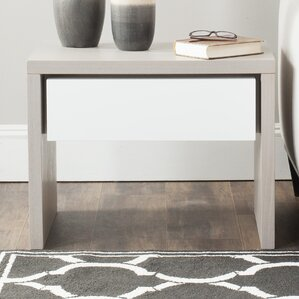 Jonco End Table by Safavieh