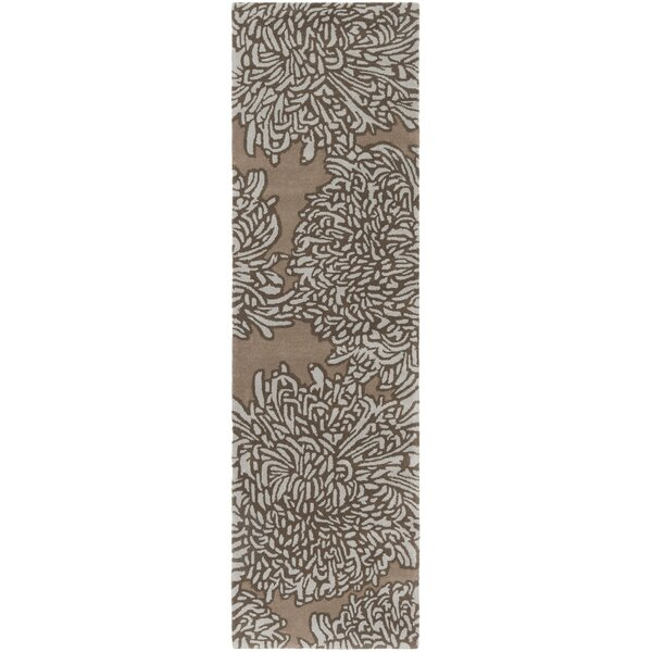 Martha Stewart Chrysanthemum Tufted / Hand Loomed Brown/Ivory Area Rug by Martha Stewart Rugs
