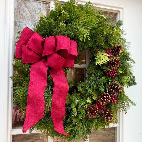 Fresh Christmas 22 Wreath by The Holiday Aisle