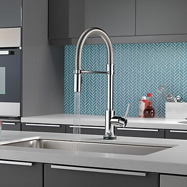 Trinsic Pro Pull Down Touch Single Handle Kitchen Faucet with and MagnaTite® Docking and Touch2O® Technology by Delta