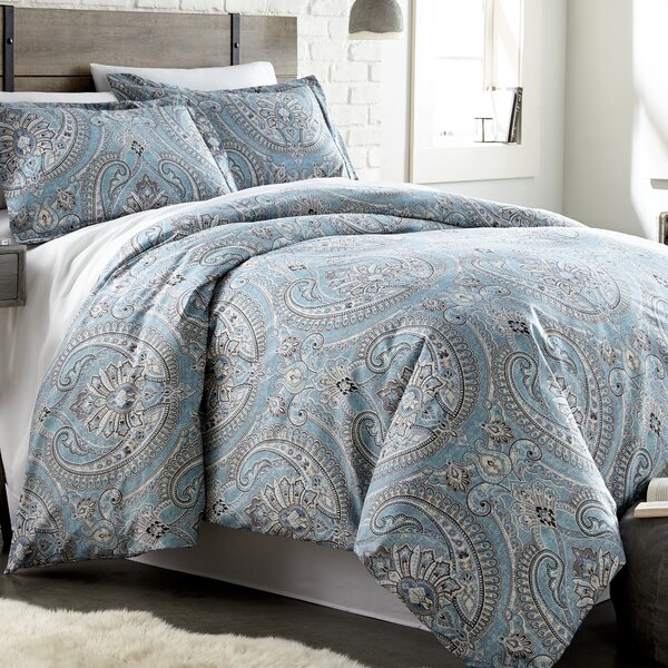 Hesson Reversible Comforter Set by Charlton Home