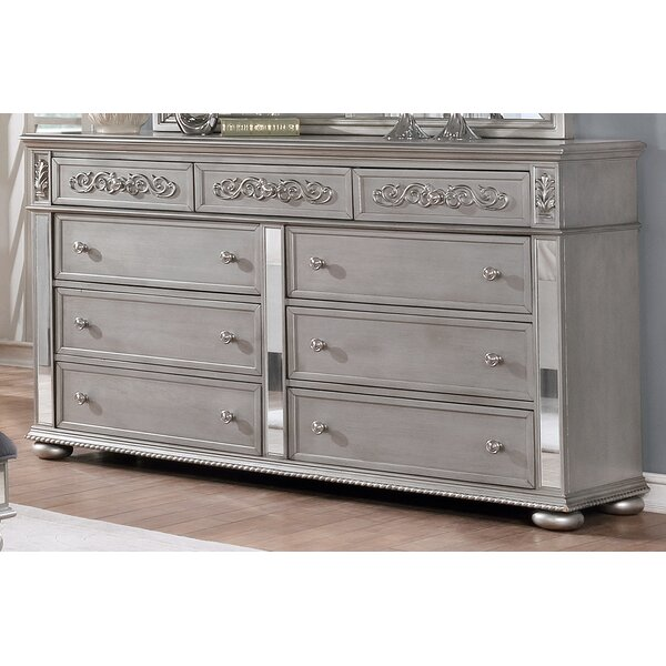 Nicolasa 9 Drawer Dresser by Rosdorf Park