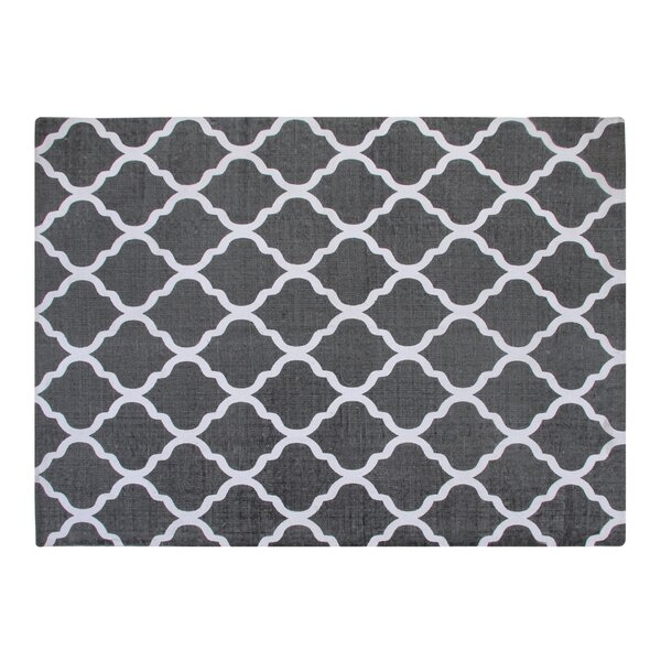 Cotton Printed Grey and White Quatrefoil Geometric Rug by Chesapeake Merchandising Inc.