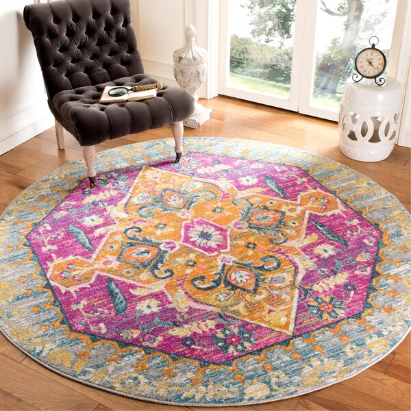 Esparza Light Gray Area Rug by Bungalow Rose