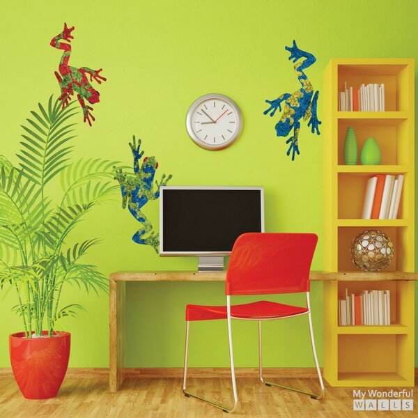 Giant Tree Frog Wall Decal by My Wonderful Walls