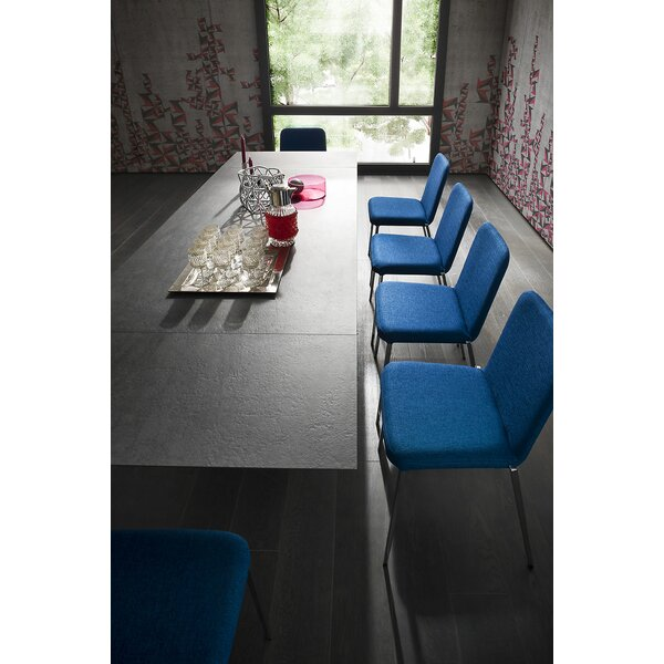 Wonder Dining Table by YumanMod