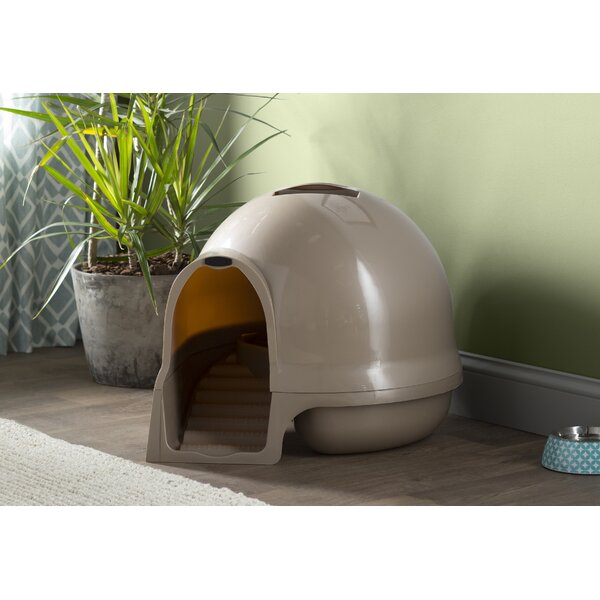 Earl Dome Clean Step Litter Box by Archie & Oscar