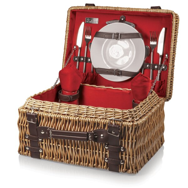 Champion Picnic Basket by Highland Dunes