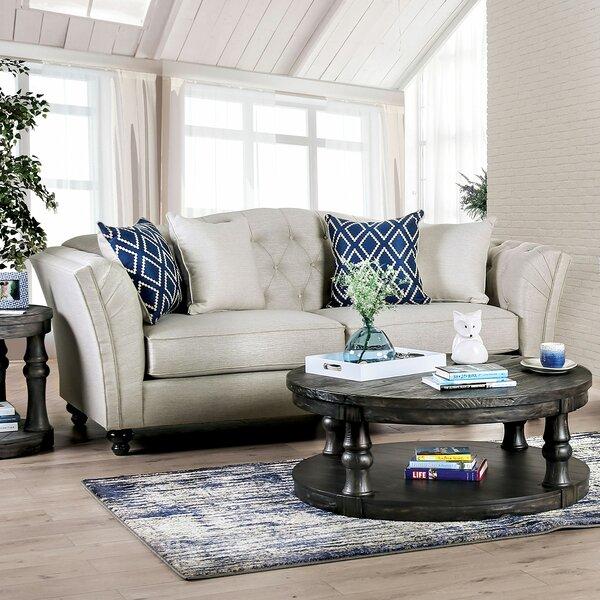 Review Urbina Sofa