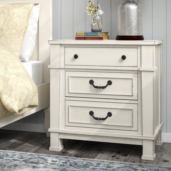 Derwent 3 Drawer Nightstand by Three Posts