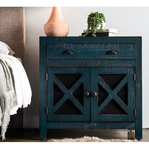 Hughley 2 Door Accent Cabinet by Gracie Oaks