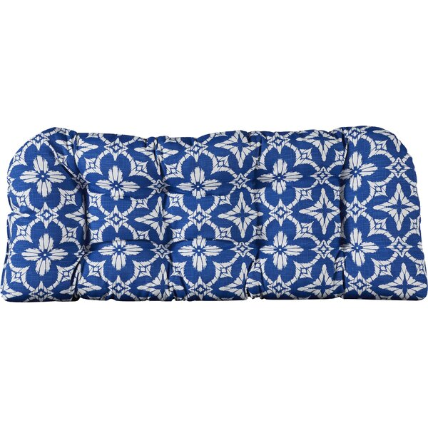 Indoor/Outdoor Cushion with 8 Sewn In Buttons by Alcott Hill
