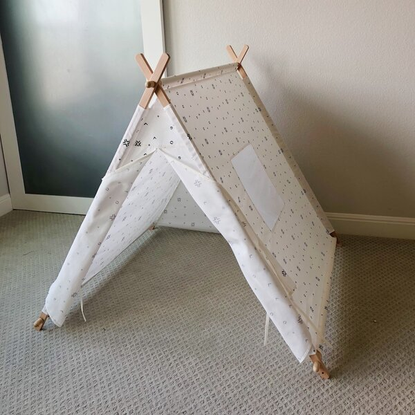 Play Tent by Tnees Tpees