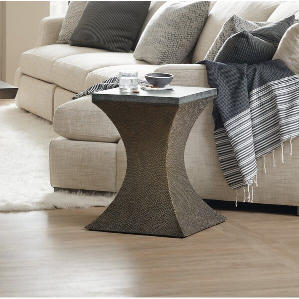 Miramar Aventura Salinas Martini End Table by Hooker Furniture