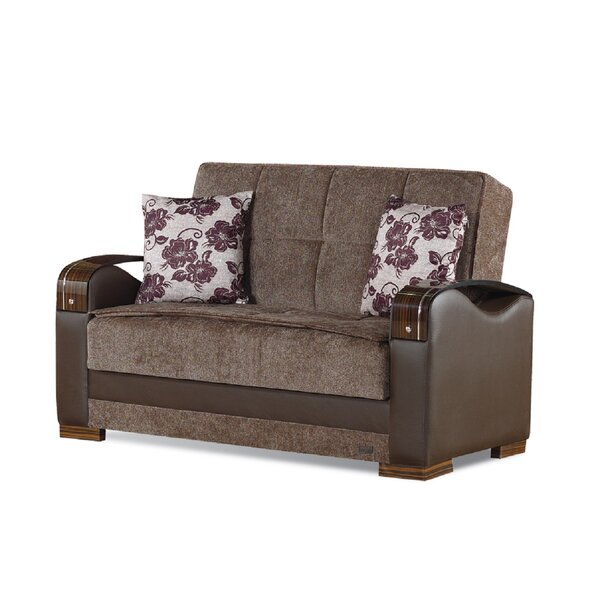 Hartford Chesterfield Loveseat by Beyan Signature
