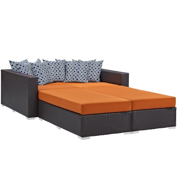 Brentwood Patio Daybed with Cushions by Sol 72 Outdoor Sol 72 Outdoor