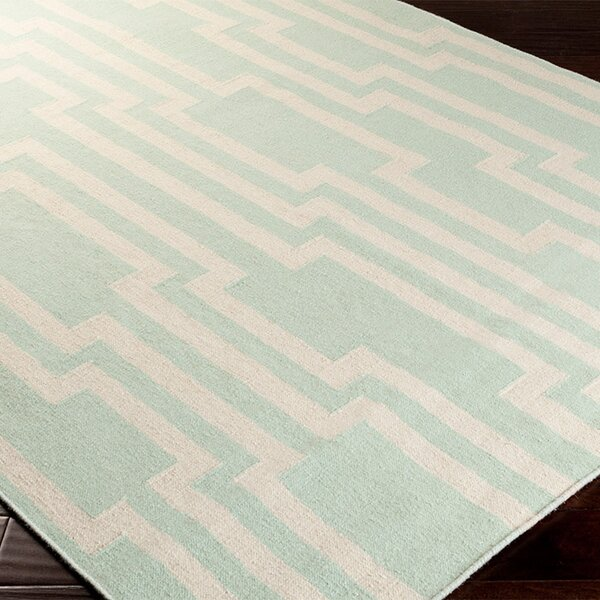 Buckardy Well Green/White Area Rug by George Oliver