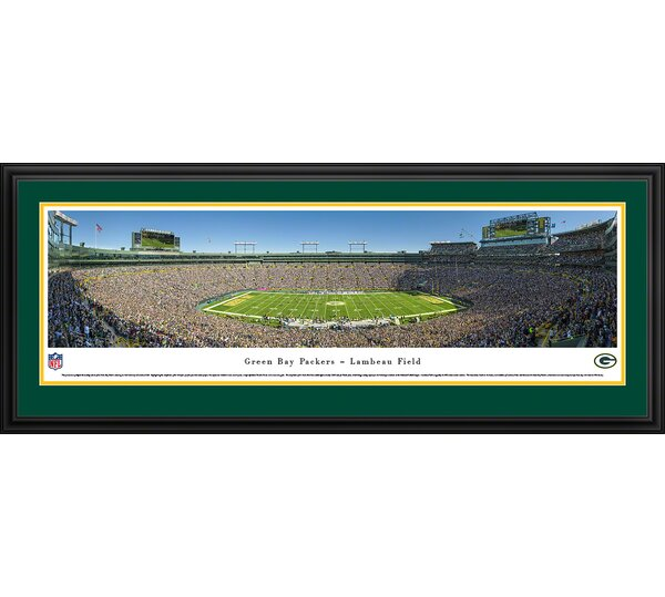 NFL Green Bay Packers - 50 Yard Framed Photographic Print by Blakeway Worldwide Panoramas, Inc
