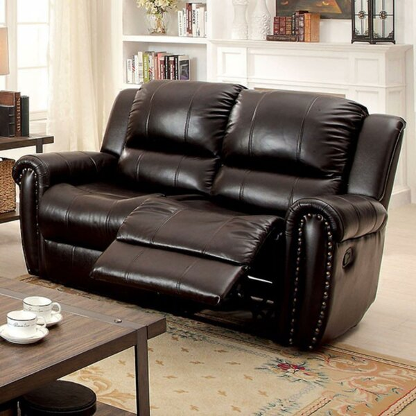 Review Hutchins Loveseat