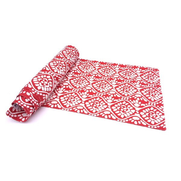 Shyanne Table Runner by Charlton Home
