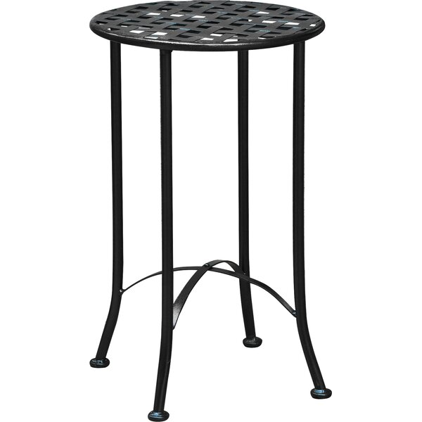 Mandalay 16-inch Iron Patio Side Table by International Caravan