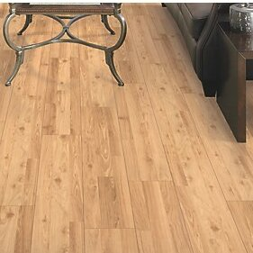 Fieldview 8 x 47 x 7.14mm Oak Laminate Flooring in Golden by Mohawk Flooring
