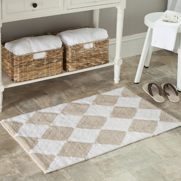 Plush Master Geometric Bath Rug (Set of 2) by Safavieh