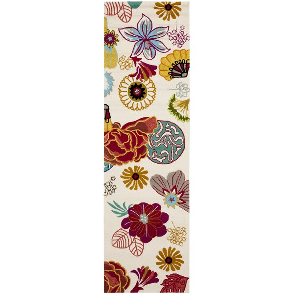 Hayes Ivory/Red Outdoor Area Rug by Ebern Designs