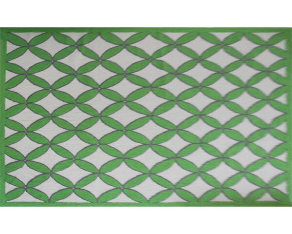 Nanette Hand-Hooked Green Area Rug by Threadbind
