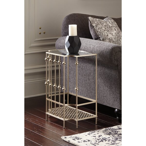 Chad End Table by House of Hampton